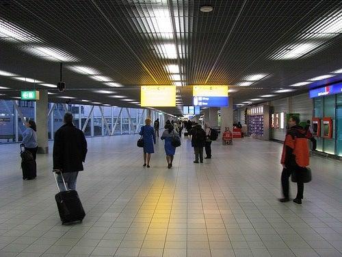 Consejos para usar los servicios de internet y ahorrar dinero al viajar