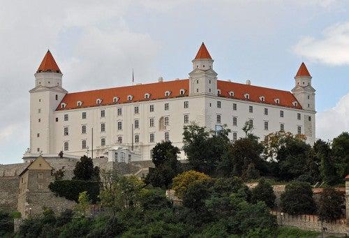 El castillo de Bratislava, reliquia de la capital de Eslovaquia
