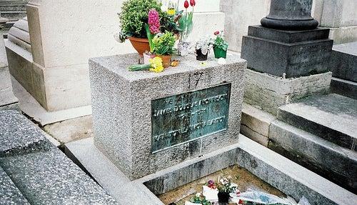La tumba de Jim Morrison