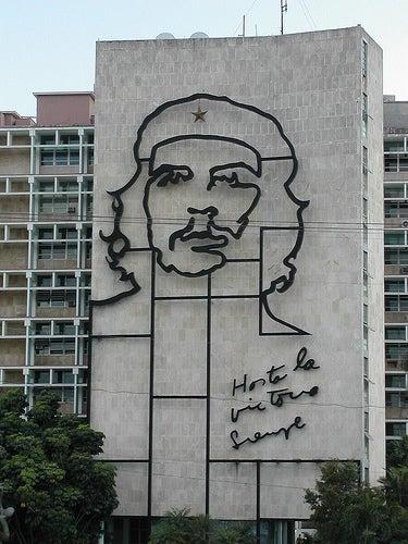 La Habana, donde se confunden los placeres del Caribe y la revolución