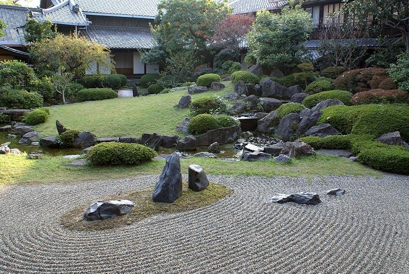 La belleza y serenidad de los jardines zen japoneses