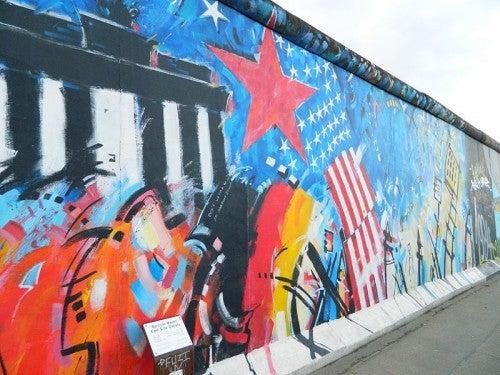 El arte de la East Side Gallery en el muro de Berlín