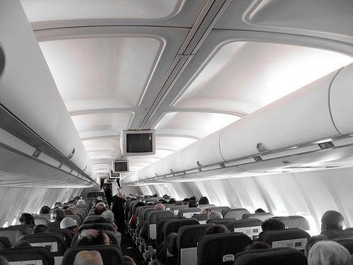 El aire que circula por la cabina del avión no propagador de enfermedades