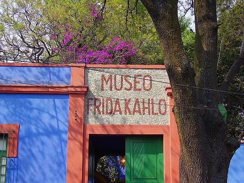 La Casa Azul de Frida Kahlo en México, museo e ícono cultural