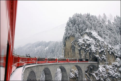 El Glaciar Express, y un incomparable recorrido por los Alpes suizos