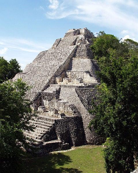 Sitios arqueológicos mayas en Campeche, México
