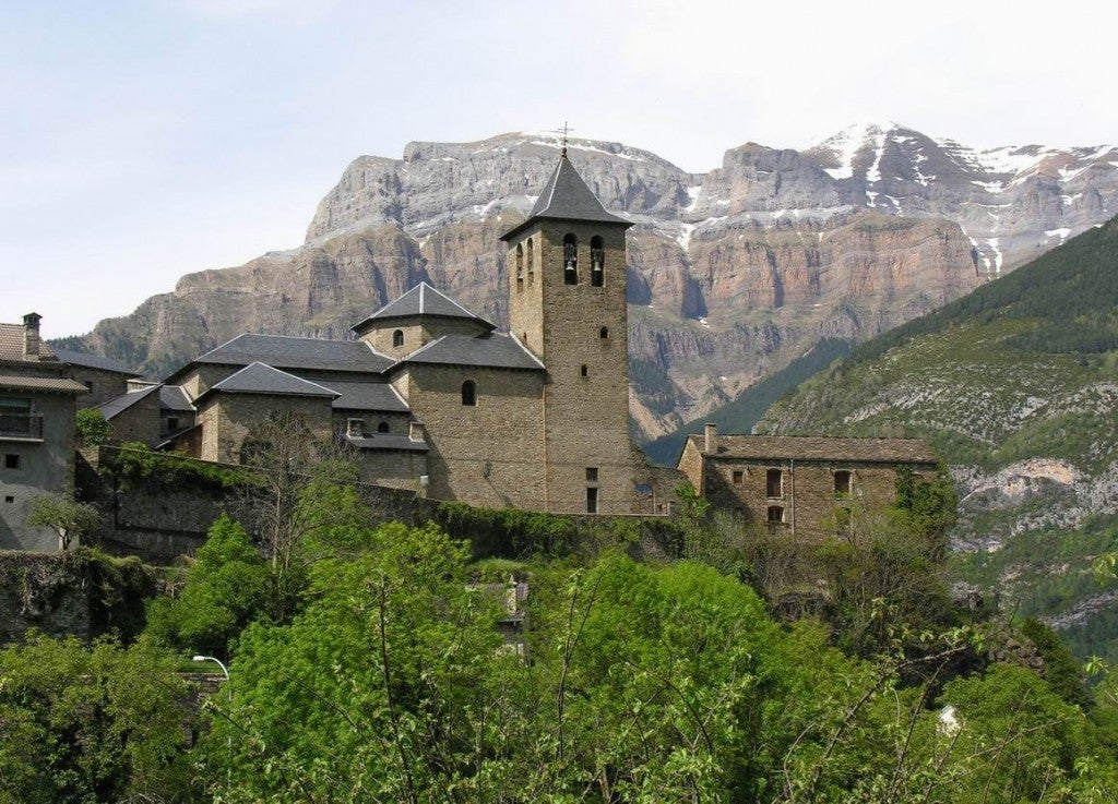 Torla. Pórtico del Pirineo Aragonés.