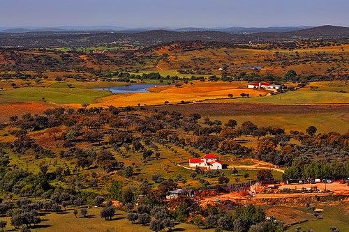 """""""La casa de los espíritus"""" está en Évora, Portugal."""