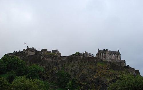 El Castillo de Edimburgo, un palacio en lo alto de la colina