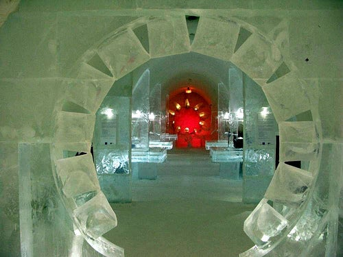 El Castillo de Nieve en Kemi, el castillo más grande del mundo en Laponia