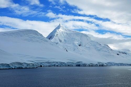 Acampar con los pingüinos en la Antártida