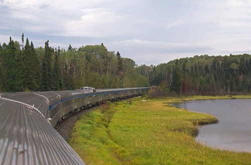 Viajar en tren en Canadá con El Canadiense