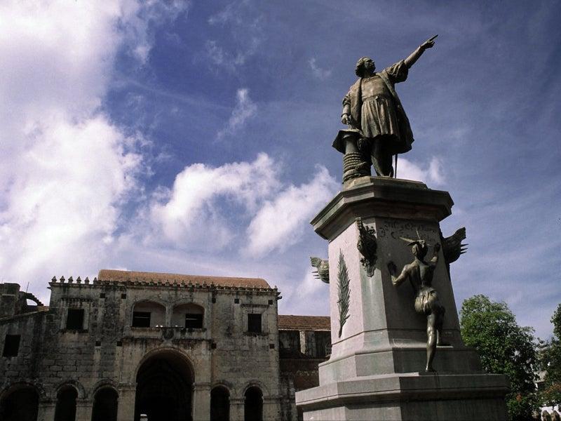 Parque Colón en la Zona Colonial