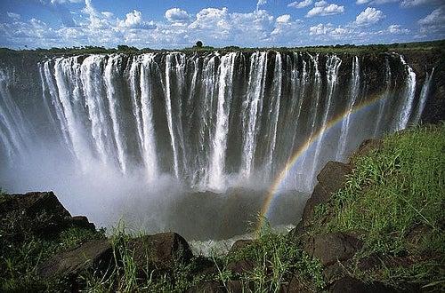 Las Cataratas Victoria: la maravilla natural de África