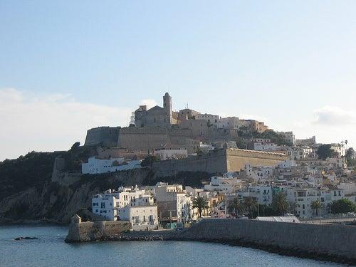 La ciudad de Ibiza, la gran desconocida con espíritu de libertad