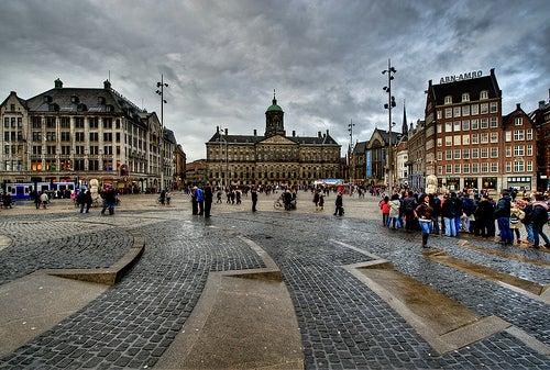 Tres iglesias importantes de la ciudad de Ámsterdam