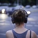 Audifonos-y-musica