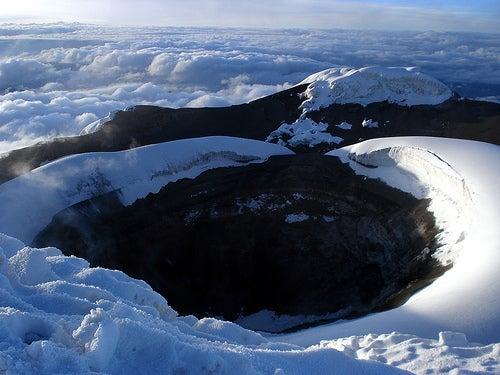 crater-de-cotopaxi-ecuador