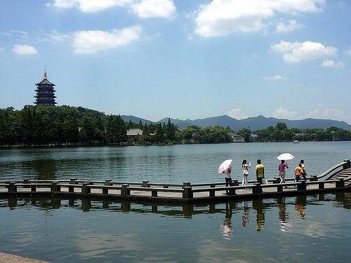 lago-del-oeste-en-hangzhou-china