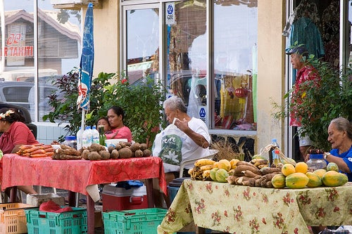 mercado-de-huahine