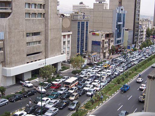 Teherán y su multitud de automóviles.