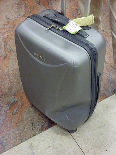 Es bueno añadirle signos distintivos a tu equipaje.
