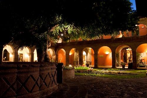 hotel-monasterio-cuzco-peru