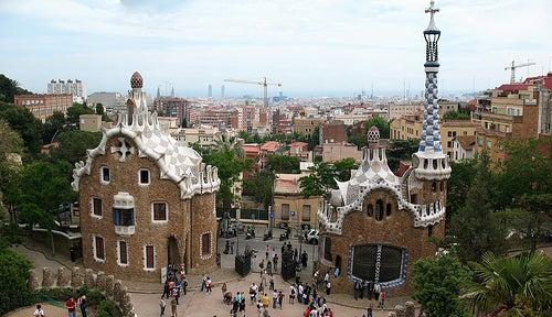 Visita los cinco barrios más emblemáticos de Barcelona