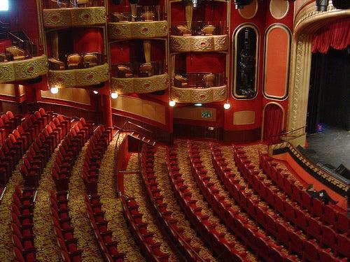 teatro-queen-victoria