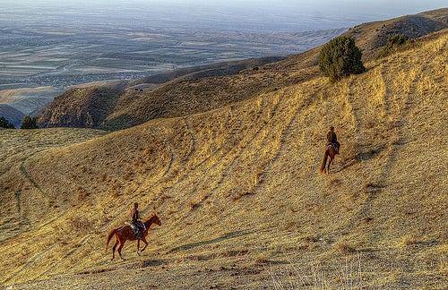 A caballo a través de Kirguistán