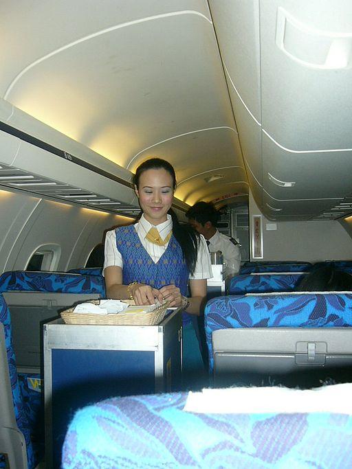 Los auxiliares de vuelo se encuentran con todo tipo de personas.