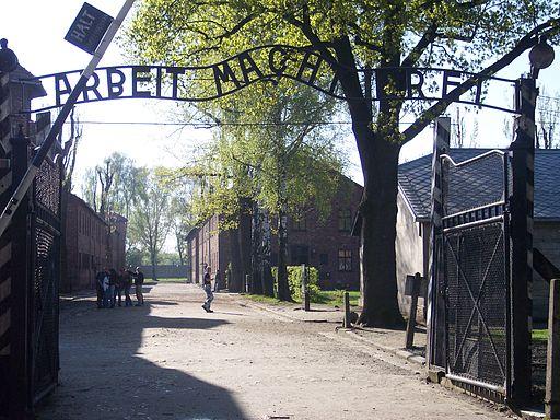 Entrada del Campo de concentración de Auschwitz.