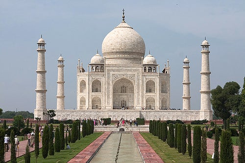 """informative speech on tajmahal The taj mahal is widely recognized as """"the jewel of muslim art in india and one of the universally admired masterpieces of the world informative speech on 7 wonders."""