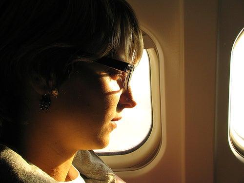 ¿Cómo superar el miedo a viajar en avión?