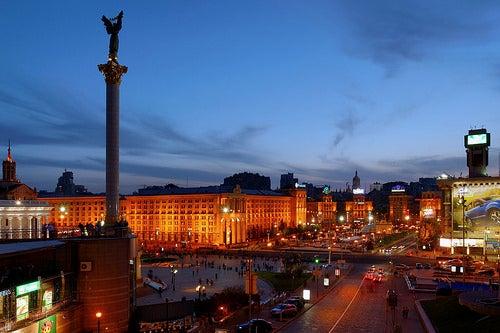 ciudad-de-kiev-noche