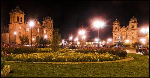 plaza-de-armas-cuzco