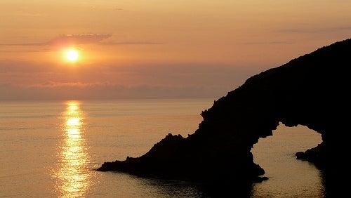 La isla de Pantelleria, la perla negra del Mediterráneo