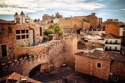 La ciudad antigua de Cáceres, un viaje en el tiempo