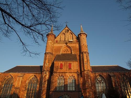 iglesia de san pedro leiden