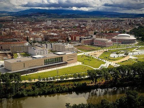 Logroño en la Rioja, la ciudad que se asoma al río Ebro