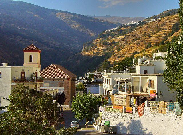 Pampaneira en Granada, uno de los pueblos más bonitos de España