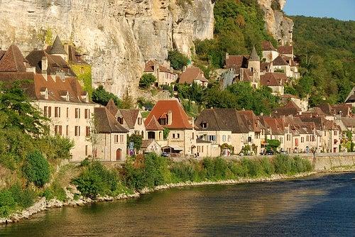 La Roque-Gageat los pueblos mas bonitos de francia