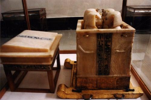 estatuas el museo egipcio de el cairo
