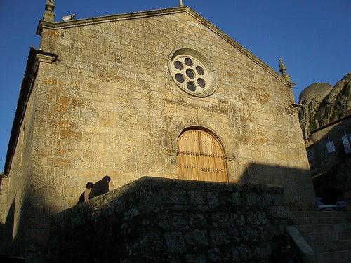 iglesia la aldea de monsanto