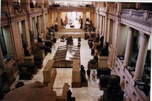 interior el museo egipcio de el cairo