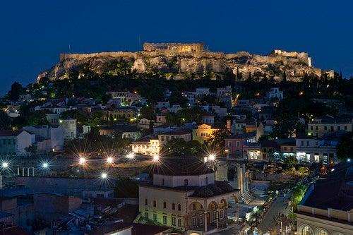 Un paseo por los preciosos barrios de Atenas