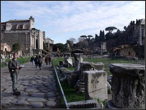 via sacra foro romano