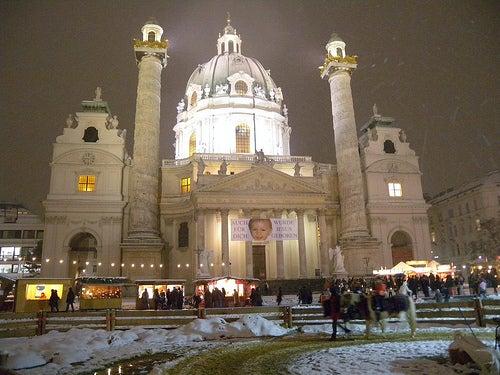 Karlsplatz mercadillos navideños de viena