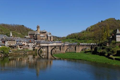 El pueblo de Estaing, uno de los más bellos de Francia