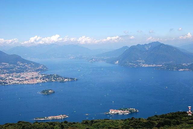 Las bellas islas Borromeas en Italia